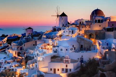 Z�pad slunce v Oia, Santorini - photo by: Pedro Szekely (Flickr), CC BY-SA 2.0
